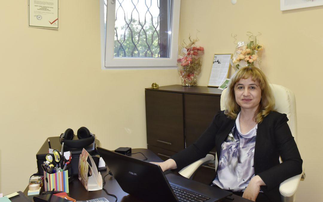 Изкуството да съчетаваш успешно професията на виртуален асистент с майчинство