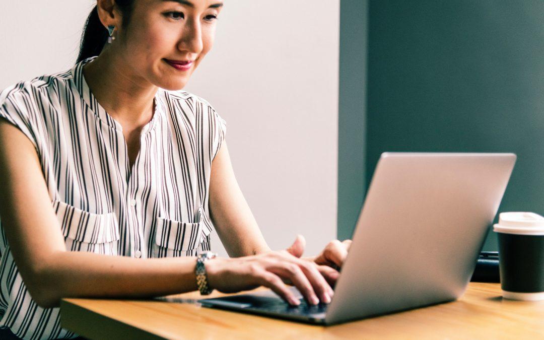 18 сайта за търсене на дистанционна работа
