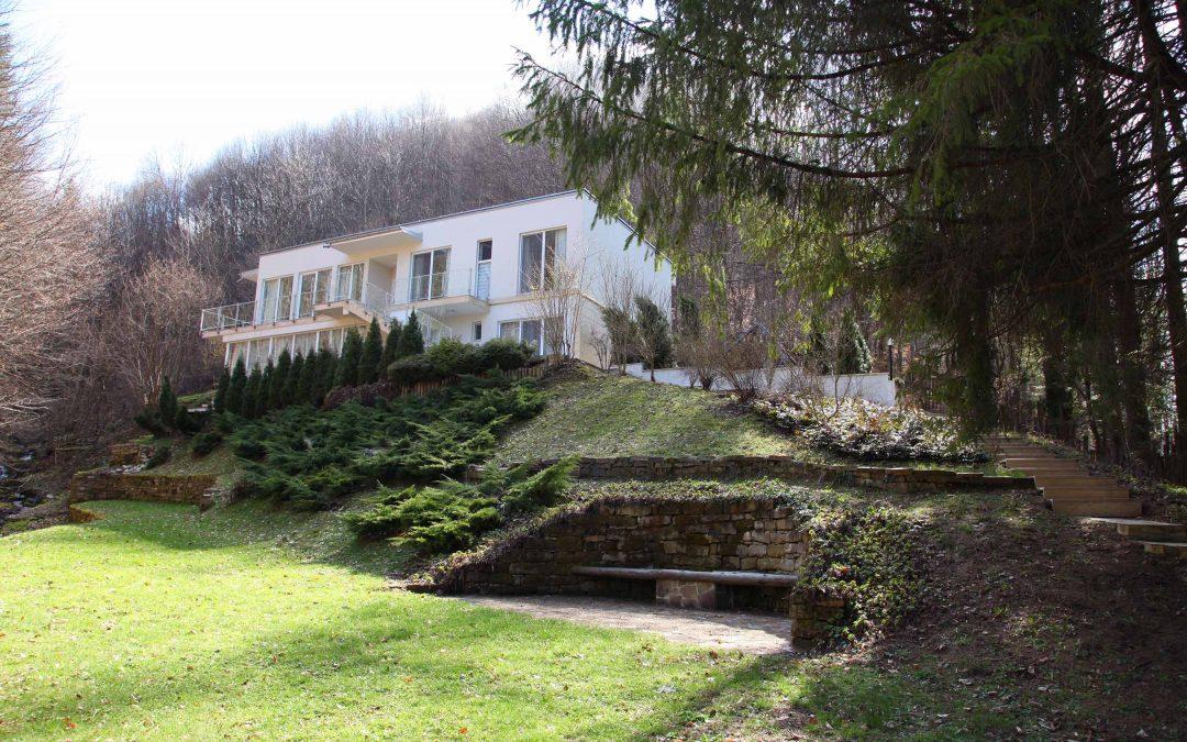 Къща за гости Импресия – модерен уют сгушен в гората